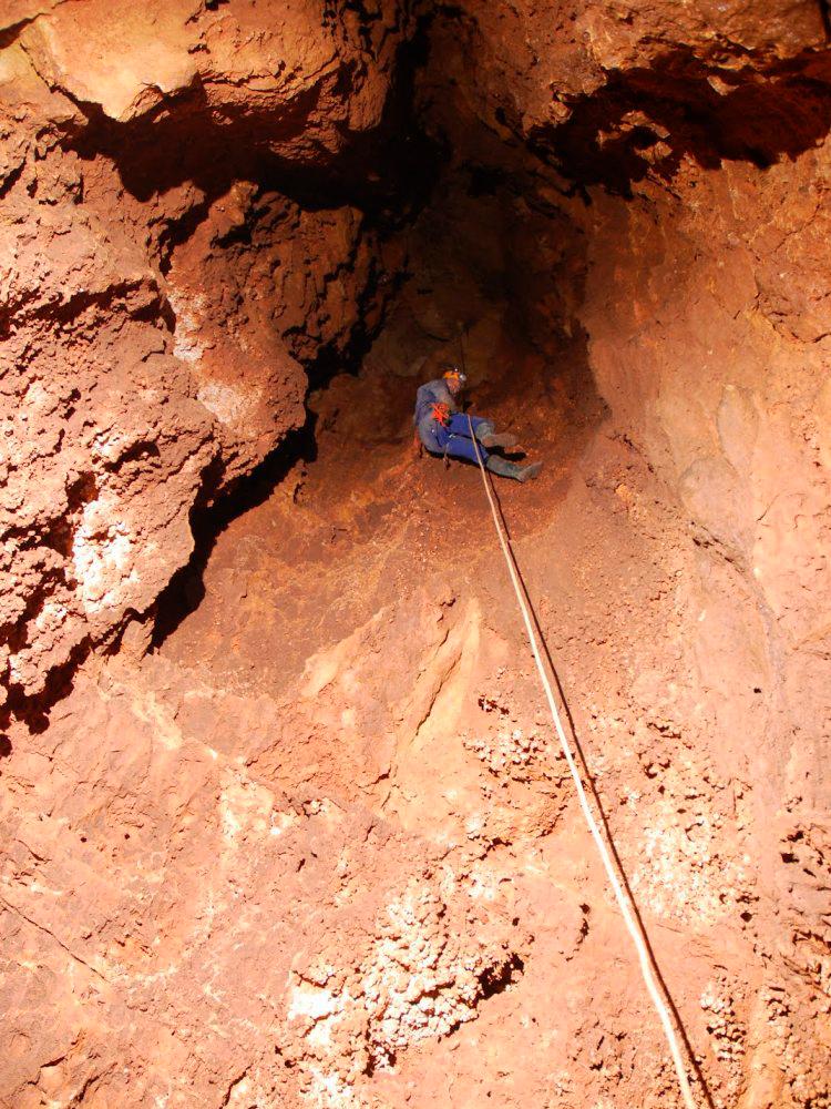 Simas y cuevas